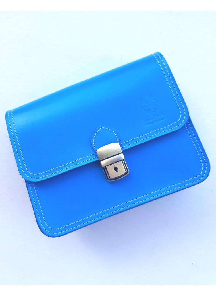 Klarblå handväska