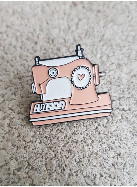 Pin symaskin