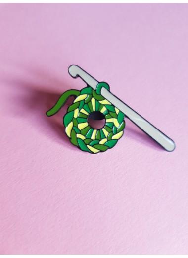 Pin. Grönt garn