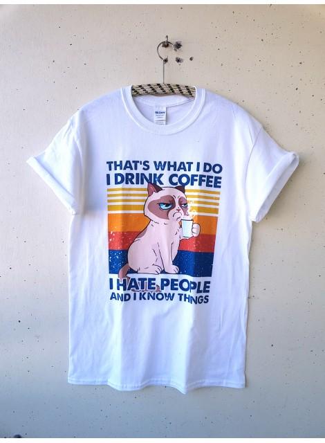 T-shirt. Cats & coffee. M