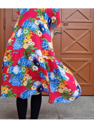 Klänning Näckros, Röd blommig