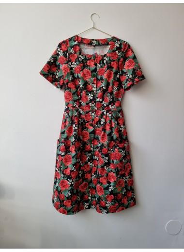 Rosor. Knappklänning