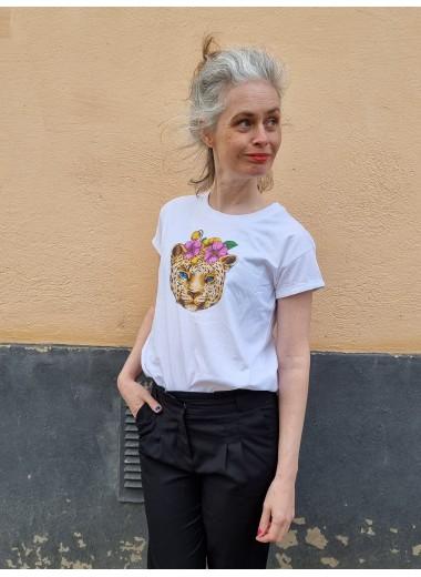 T-shirt Blommor i håret. S-XXL