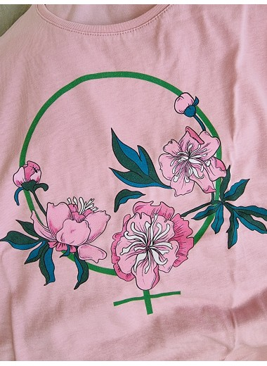 Feminist T-shirt , rosa. S-3XL