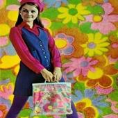 Med denna önskar jag er en färgglad fredag. #färggladfredag #colourfulfriday #60tal #maximalism #retro