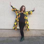 Apropå provex. Jag testade en kimono i mitt tyg Gul tulpan. Vad tycker ni? Jag har lite tyg kvar, ska det bli kimonos? Tyget är linne/bomull. Provet är en S/M och går att klicka hem i webshoppen. Där finns även en kortare kimono i samma tyg (samma strl, samma webshop). Kolla under Klänningar/Kimono. Fri frakt!